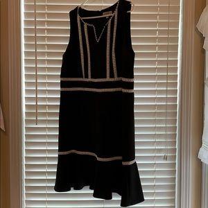 Plus Size Black & White Sleeveless Dresss